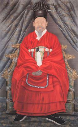 1200px-Korea-Portrait_of_Emperor_Gojong-01.jpg