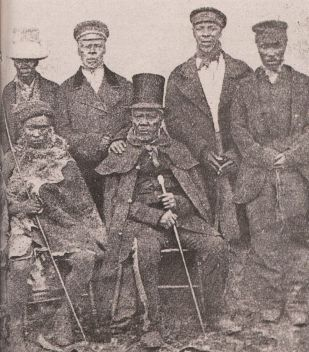 800px-King_Moshoeshoe_of_the_Basotho_with_his_ministers