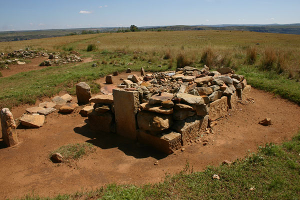 Moshoeshoe's Grave.jpg
