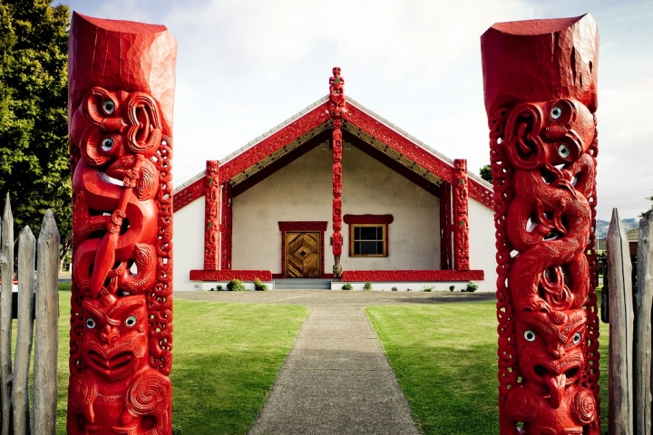 waiwhetu-marae-waiwhetu-entrance-to-pa-with-carved-tiki.jpg